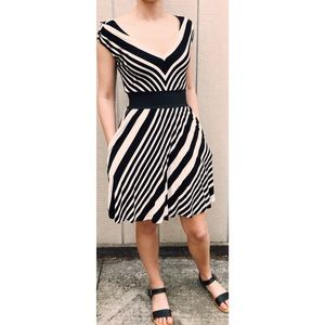 Guess- Striped Dress